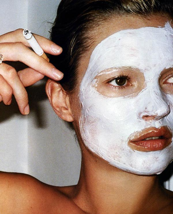 kate-moss-face-mask-fag