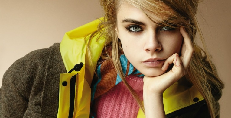 cara-delevingne-by-mario-testino-for-vogue-uk-september-2014-1
